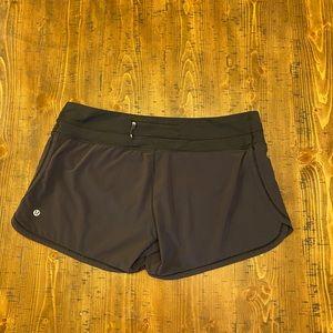 Lululemon black groovy running athletic shorts